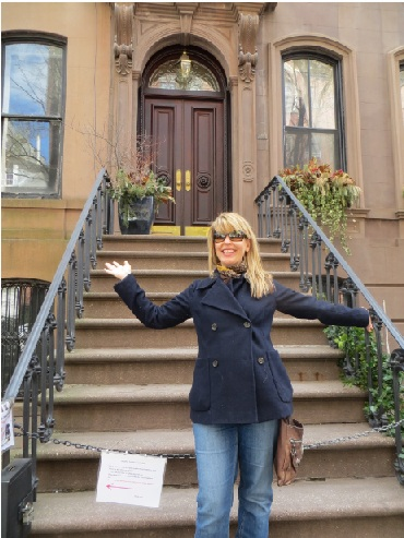 Carrie Bradshaw House And Steps